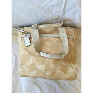 Coach Large Canvas Weekend Tote Style A0732 F10806